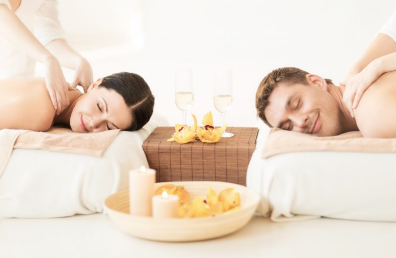 couples massage with candles